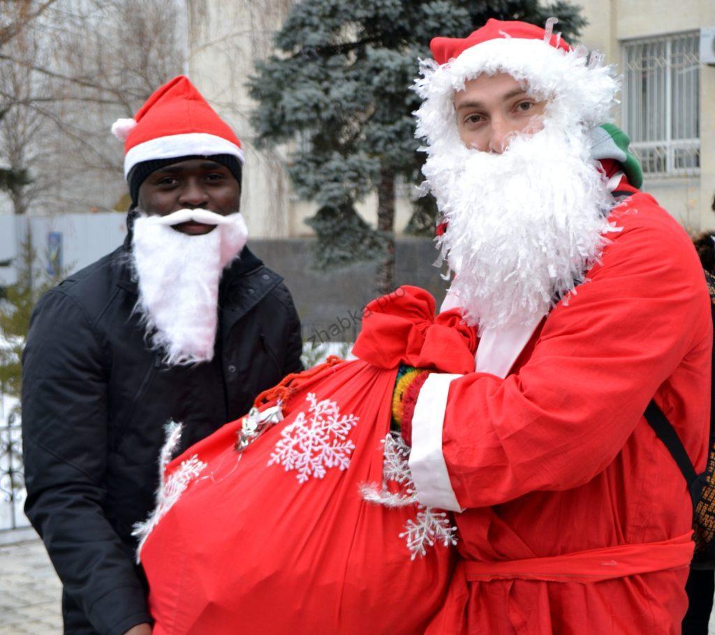 Як називають Діда Мороза в різних країнах світу?